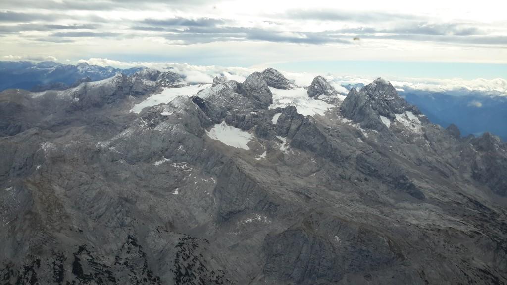 Vyhlídkový let letadlem do Alp je nezapomenutelný zážitek.