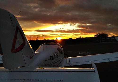 Západ slunce letadlo