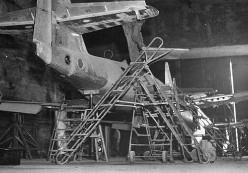 Messerschmitt 262 v podzemní továrně