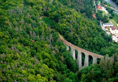 Vyhlídkový let nad viadukt Žampach